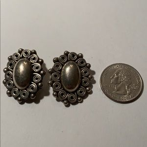 Jewelry - Beautiful Mexico Silver clip-on earrings .7 oz